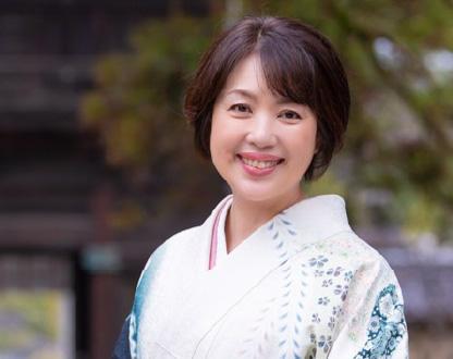 Hitomi Shirakoma